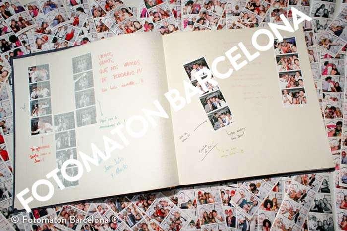 Ejemplo album de fotomatón lleno de fotos