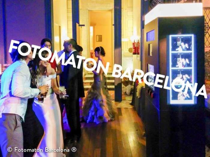 Equipo de fotomaton boda plus en Bellrecò